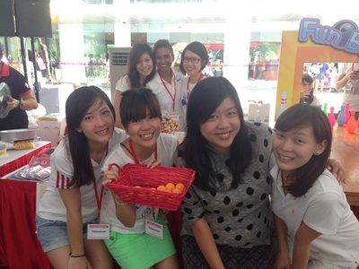 Redwoods_Advance_Singapore_Cancer_Society_-_Gift_of_Hope_Carnival_-_Rena