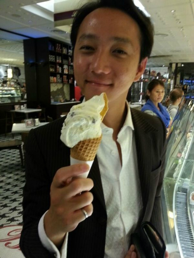 Redwoods_Advance_Singapore_National_Leaders_Workshop_at_Traders_Hotel_Ice_Cream_Cone