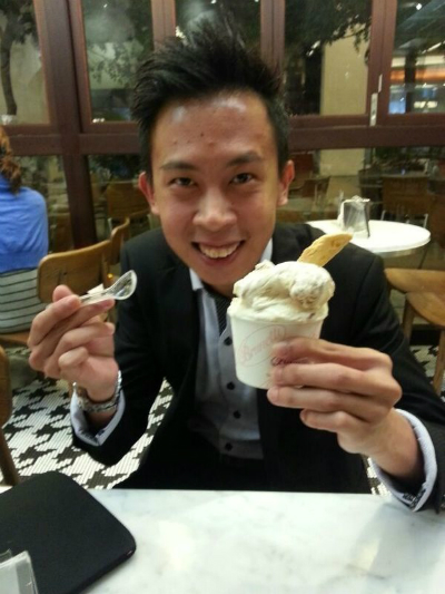 Redwoods_Advance_Singapore_National_Leaders_Workshop_at_Traders_Hotel_Ice_Cream_Scoop