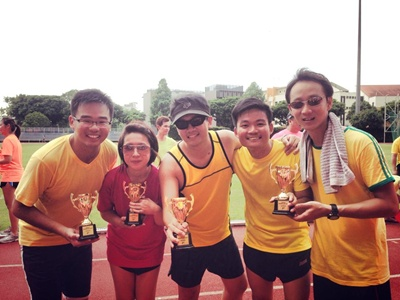 Redwoods_Advance_Singapores_Sports_Day_at_Bishan_Stadium_-_Fun_Race